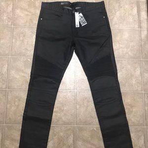 Black Keys Skinny Jeans in Black Size 36x32.